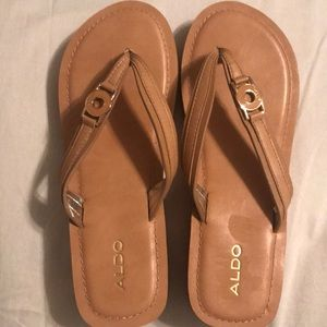 Sandal Aldo brand
